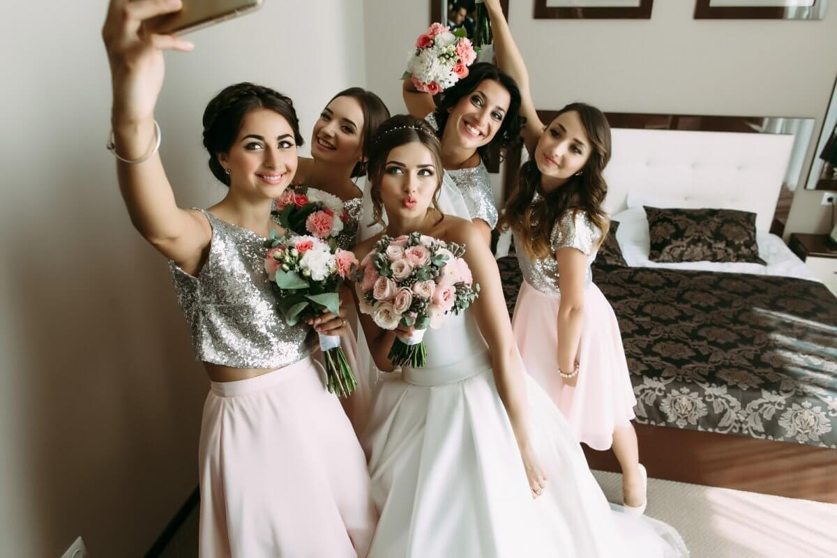 23d5a1d2bdc 12 tips for happy bridesmaids - Blissful Wedding Ceremonies